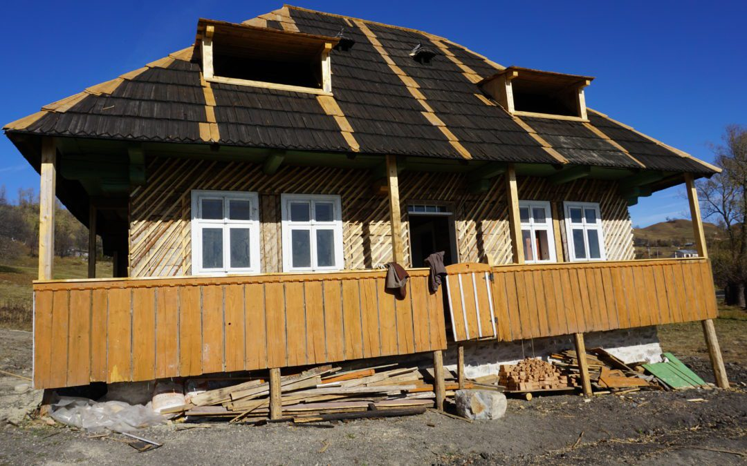 Poveste de toamna: prima restaurare de casa veche
