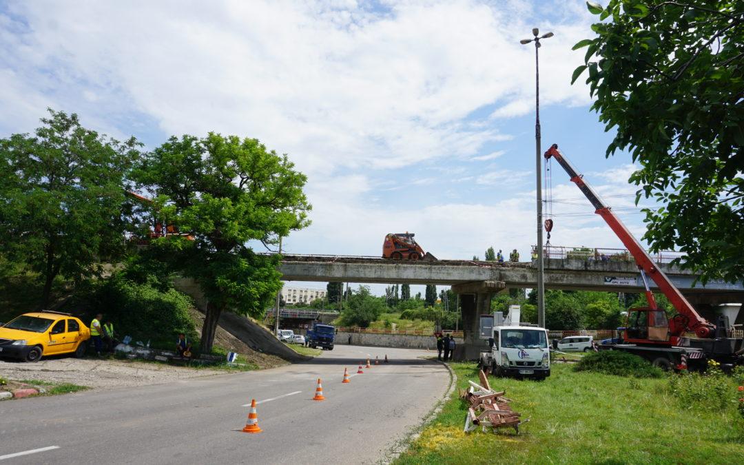 Trafic deviat la podul Metalurgica