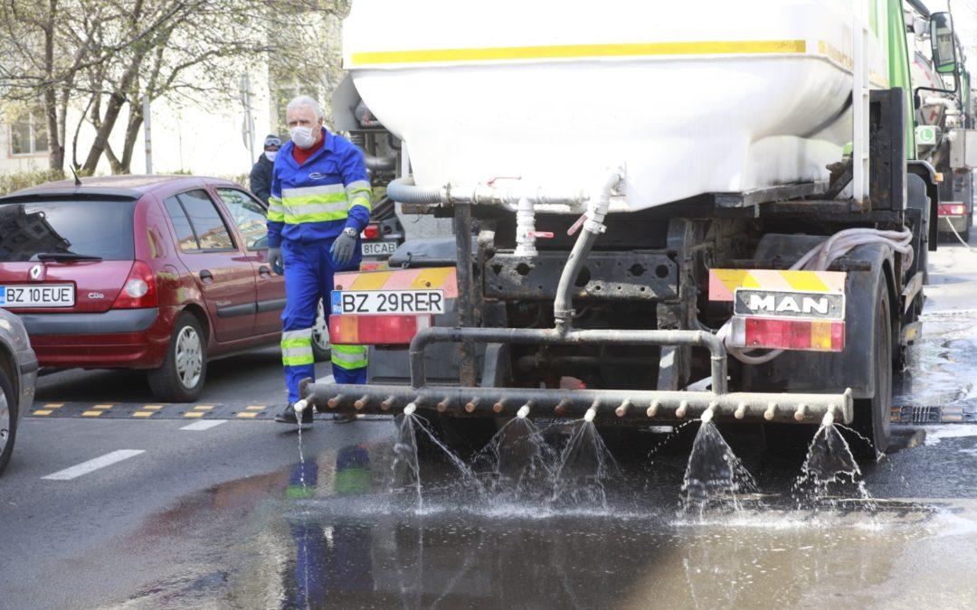 27 martie, prima zi de dezinfectie stradala integrala a orasului Buzau